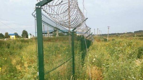 Стена Яценюка-Авакова: вечный проект ценою в миллиарды из бюджета