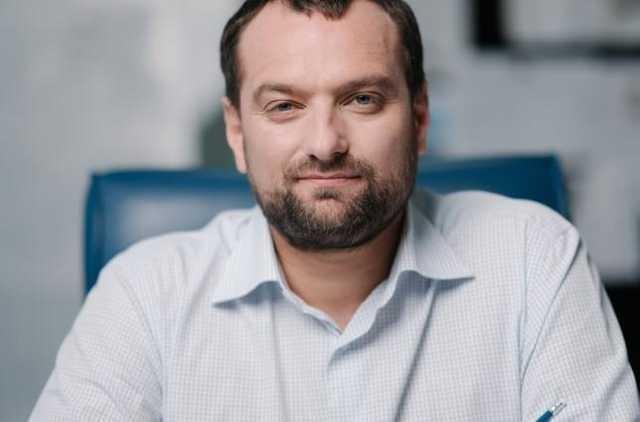 Аферист-девелопер Андрей Ваврыш зачищает интернет от фактов своей преступной биографии