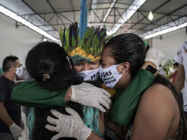 Пандемия коронавируса установила новый мировой антирекорд