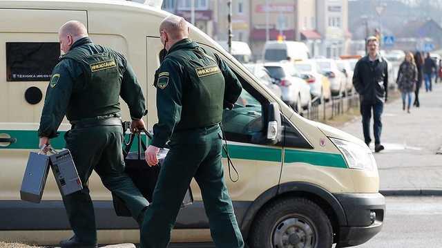 Ограбление инкассаторов со стрельбой в российском городе