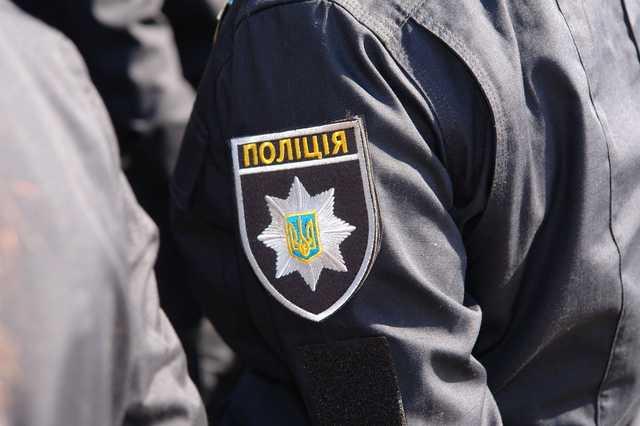 Под Днепром мужчина до смерти избил женщину, привязал к ней шлакоблок и выбросил в реку