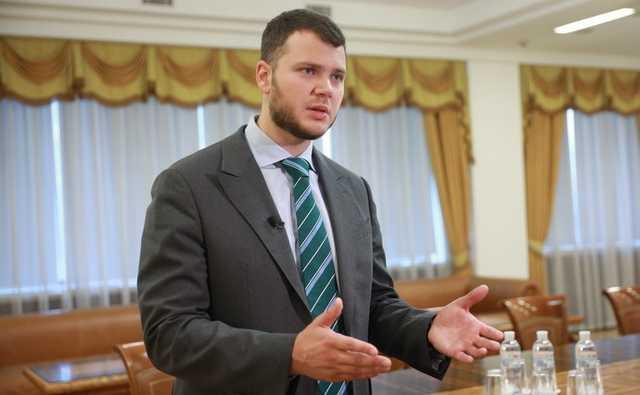 Министра Криклия поймали на сокрытии доходов и хотят расследовать его финансовое состояние