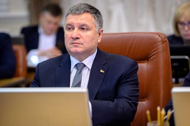 В Верховной Раде начали сбор подписей за отставку Авакова