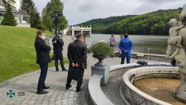 Назначенный Зеленским глава Львовской ОГА продал 15 га курортной земли АТОшников. СБУ ему вручила подозрение