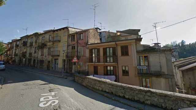 Дома на юге Италии продаются всего за €1, но есть нюанс — Bild