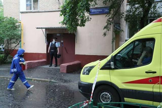В Москве мужчина застрелил трех человек, а потом покончил с собой: жуткие подробности