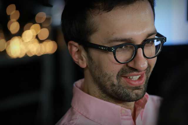 Лещенко засветил на видео секс-игрушку
