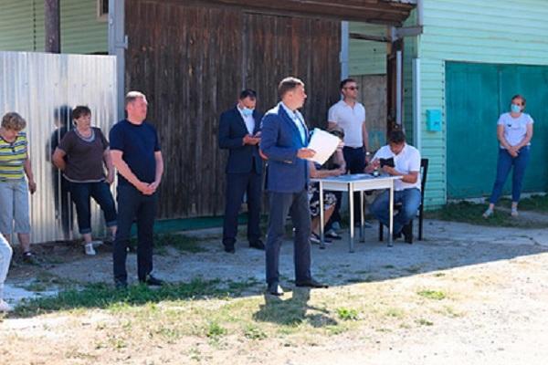 Визит депутата Госдумы на Урал обернулся вызовом полиции