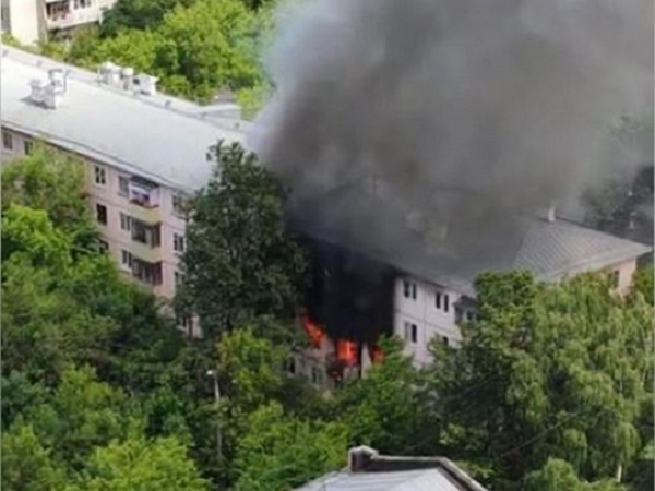 В Москве прогремел мощный взрыв в жилом доме