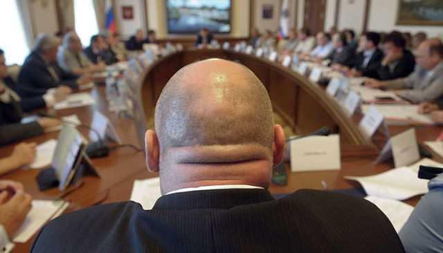 Желающих стать чиновниками начнут тестировать на знание русского языка