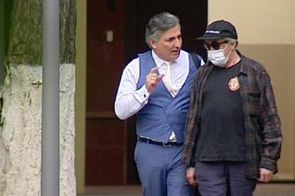 Адвокат Ефремова заявил о готовности снова лишиться профессионального статуса