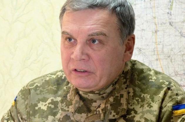 Министр обороны заявил большую квартиру в Киеве, несколько элитных авто и миллионную сделку