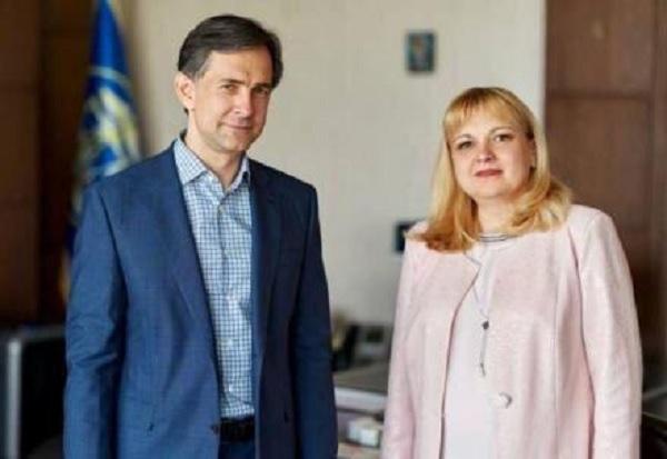 Хомутынник и Калениченко. Или кто «рулит» налоговой