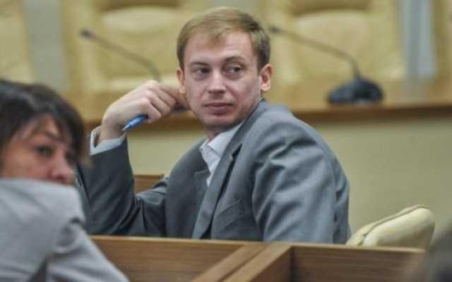 Глава Запорожского рыбоохранного патруля Дмитрий Чайка пьяным сел за руль и убил полицейского, а сейчас пытается замести следы