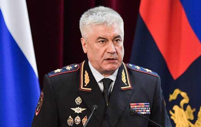 """Побеги из """"епархии"""" министра Колокольцева"""