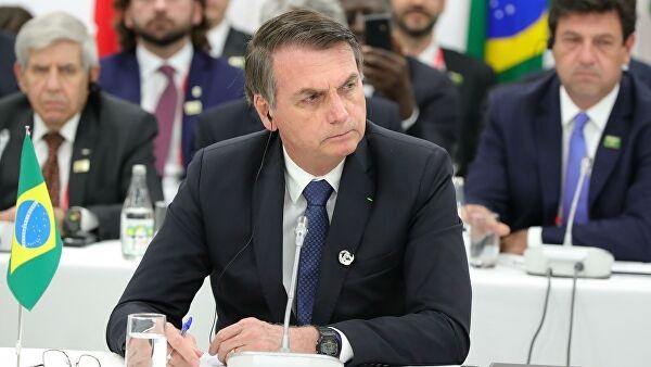 У президента Бразилии после COVID-19 обнаружили грибок в легких