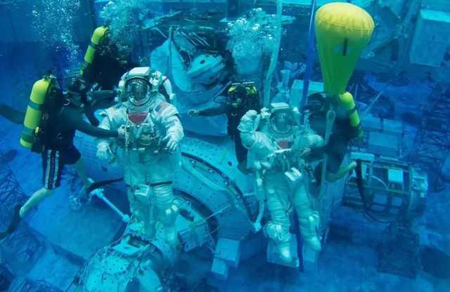 ОАЭ предпочли обучать своих астронавтов в NASA вместо «Роскосмоса»