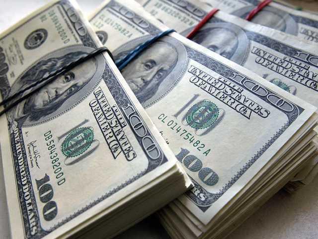 """У """"тушек"""" Табаловых нашли 45 млн гривен """"черного нала"""""""