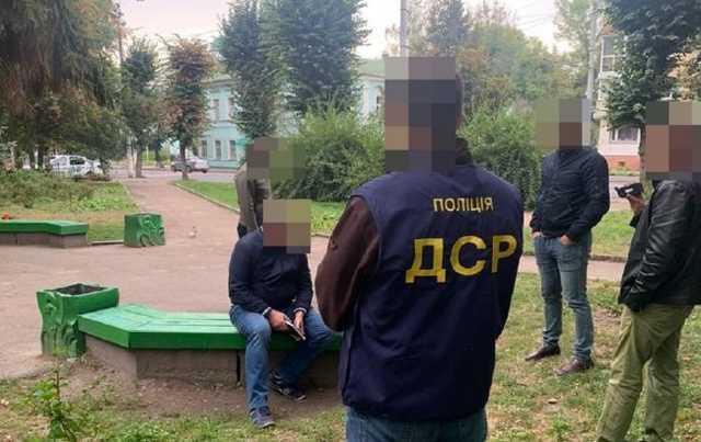 В Житомире доцента университета задержали во время получения взятки