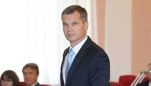 Хабаровского депутата выгнали из ЛДПР из-за подозрений в жестоком избиении 68-летнего пенсионера