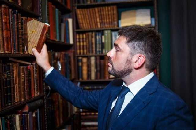Все логично: на местных выборах в Киеве слуг будет представлять вор и мошенник Владислав Трубицын