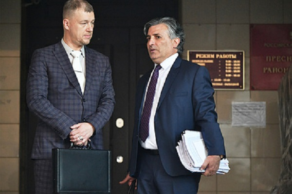 Адвокат потерпевшего по делу Ефремова рассказал о договоренности с Пашаевым