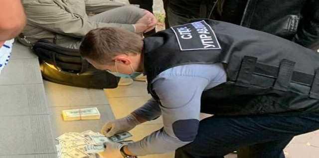 """Полиция накрыла в Одессе """"сетку"""", которая покупала голоса избирателей по 1000 гривен"""