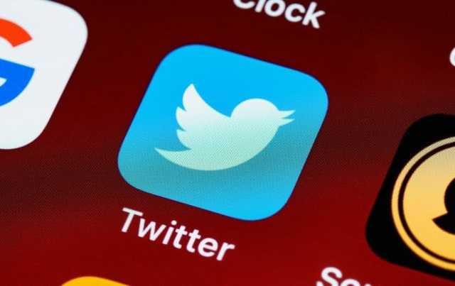 Twitter удалил пост советника Трампа о медицинских масках