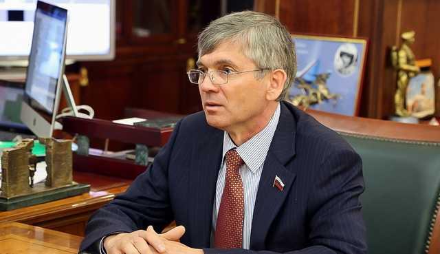 """Вакцина Петрова """"уколет"""" госбюджет"""