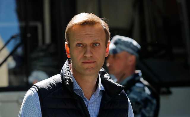 """СМИ назвали тех, кто мог сделать """"Новичок"""" для Навального"""