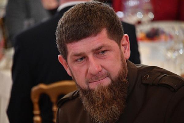 Кадыров заявил о готовности уйти с должности из-за позиции по Макрону