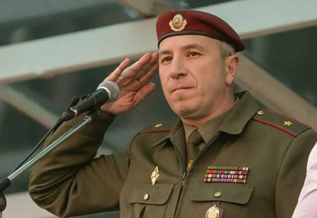 На фоне забастовок в Беларуси Лукашенко уволил главу МВД