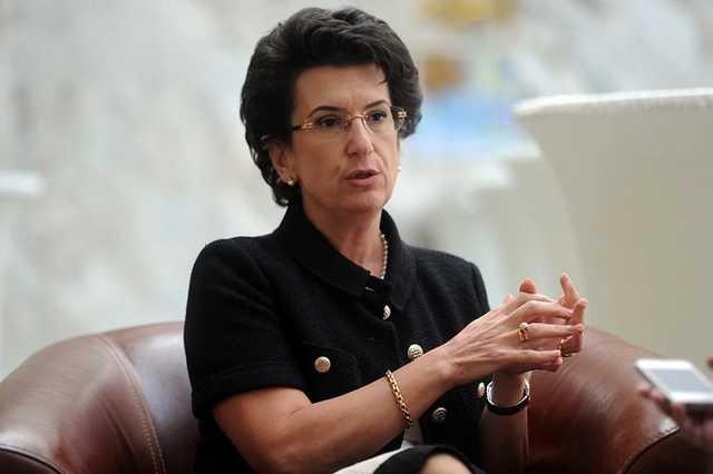"""Экс-спикер парламента Грузии высморкалась в маску: в сети предложили """"отправить её в ГУЛАГ"""""""