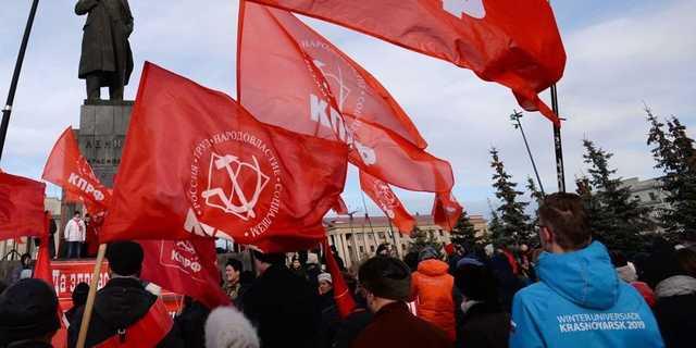 Бюджет столкнулся с «сопротивлением» Зюганова