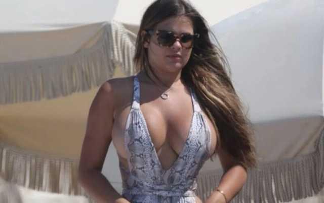 В сеть попали снимки Анастасии Квитко на пляже без фотошопа: не для слабонервных