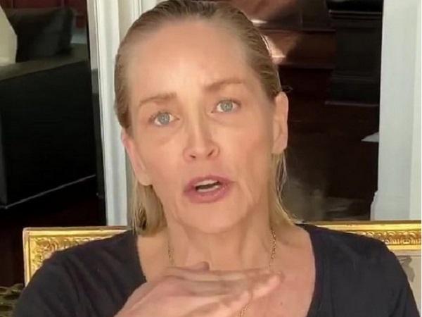62-летняя Шэрон Стоун доказала, что она все еще секс-бомба