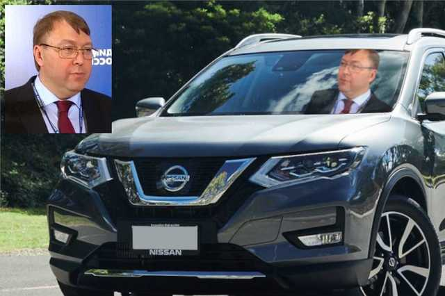 В Белгородской области чиновник Александр Ищенко ездит на Nissan X-Trail от местной компании ООО «Герба»