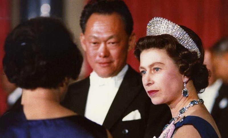 Ли Куан Ю на встрече с королевой Великобритании